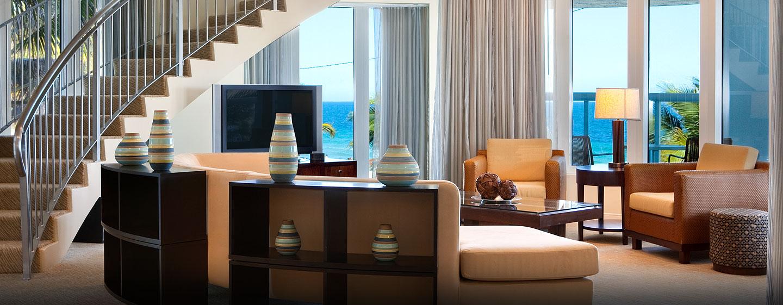 Hotel Hilton Fort Lauderdale Beach Resort, FL - Sala de estar de la suite presidencial