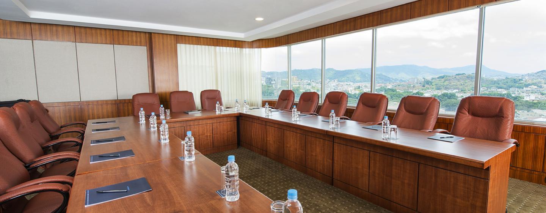 Hilton Colon Guayaquil Hotel, Ecuador - Sala de conferencias de la planta ejecutiva