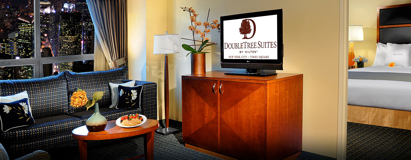 Hotel DoubleTree Suites by Hilton New York City - Times Square - Nueva York, NY - Suite con vista a Times Square