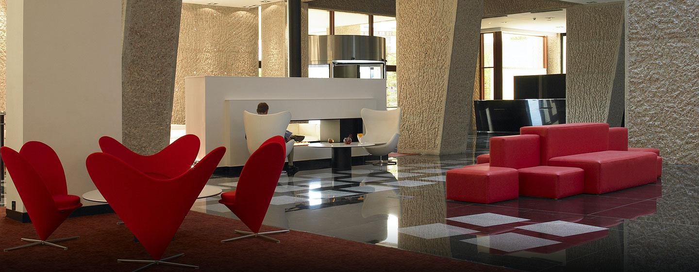 Hilton Madrid Airport, España - Lobby del hotel