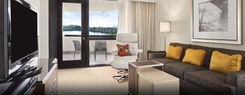 Hotel Hilton Miami Airport, FL - Sala de estar de la suite