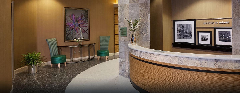 Hotel Hampton Inn & Suites Miami/Brickell-Downtown, FL - Recepción