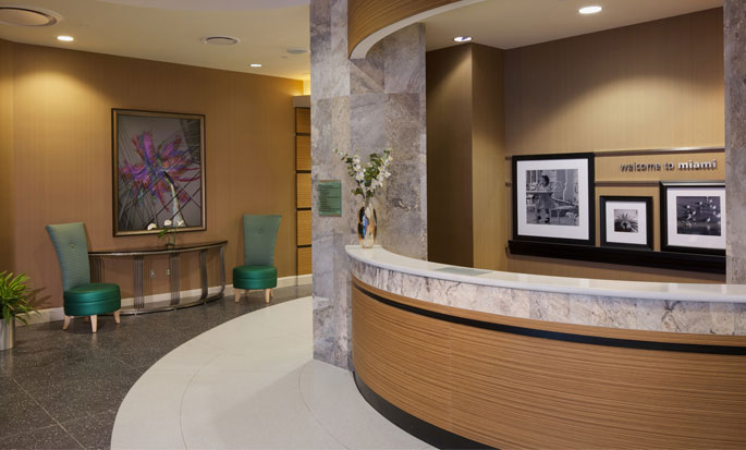 Hotel Hampton Inn & Suites Miami/Brickell-Downtown, FL - Front desk