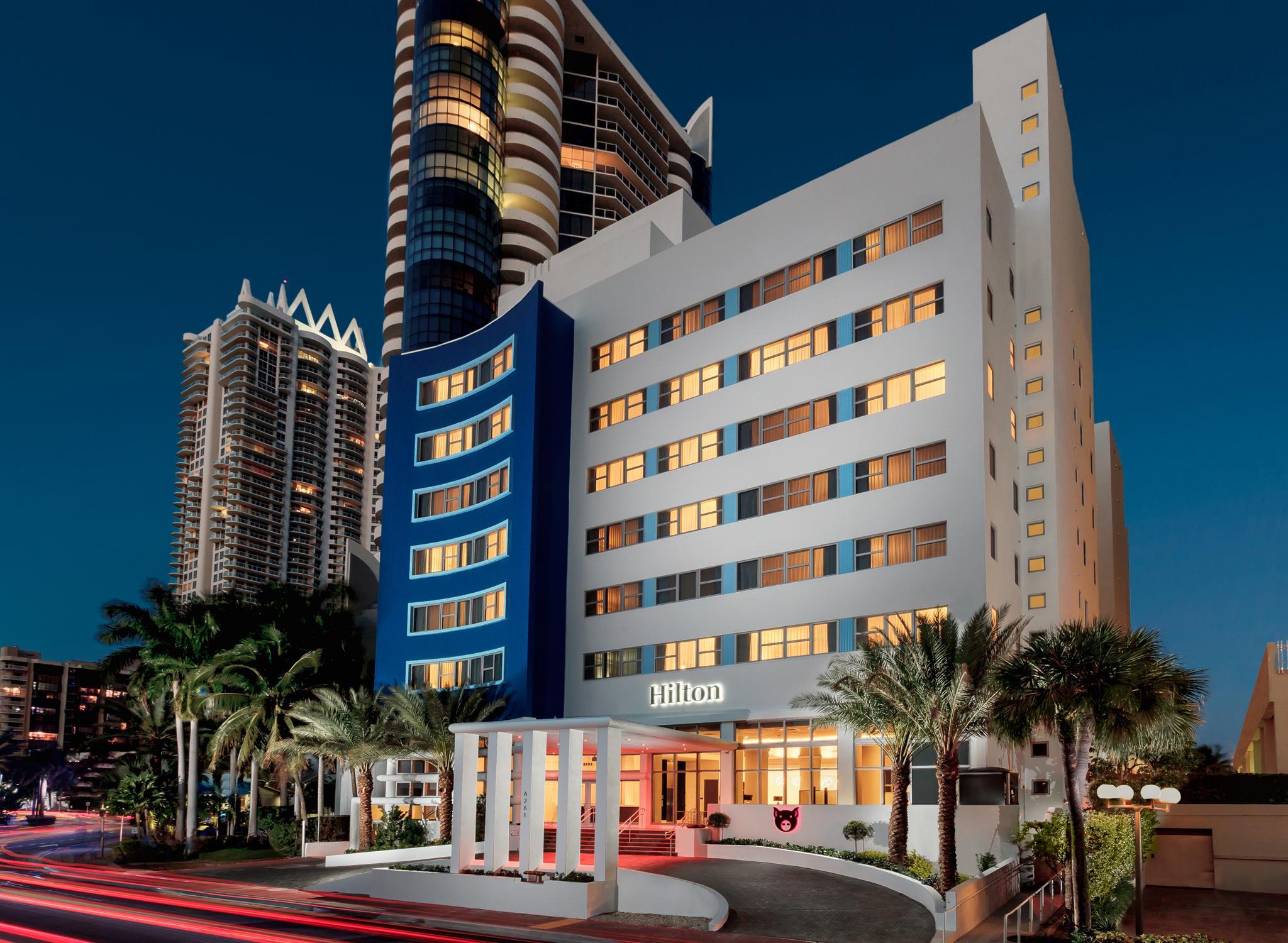 Hoteles en usa california nueva york miami hilton for Fachadas de hoteles de lujo