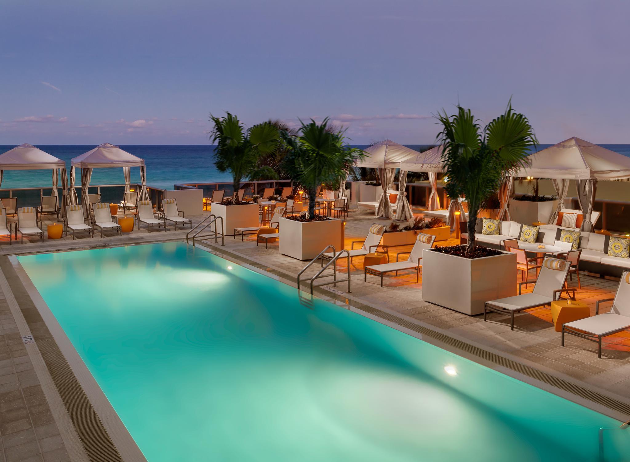 Hoteles en usa california nueva york miami hilton for Hotel avec piscine new york