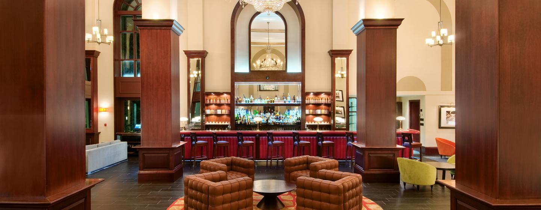 British Colonial Hilton Nassau, Bahamas - Bullion Bar
