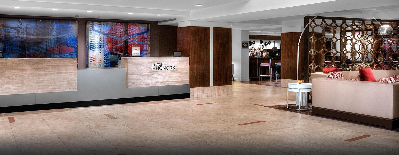 Hotel DoubleTree by Hilton Metropolitan - New York City, NY - Lobby