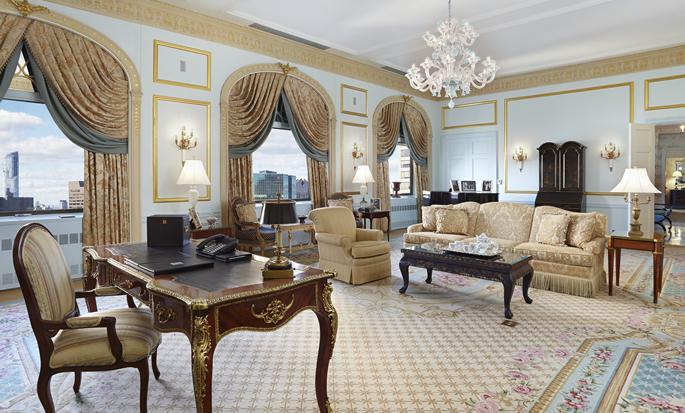 Hotel The Towers of the Waldorf Astoria New York, EUA - Sala de estar de la suite Penthouse