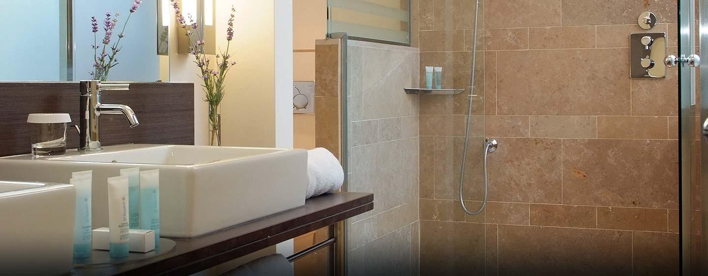 Hotel Hilton Sa Torre Mallorca Resort, Llucmajor, España - Baño de la suite king