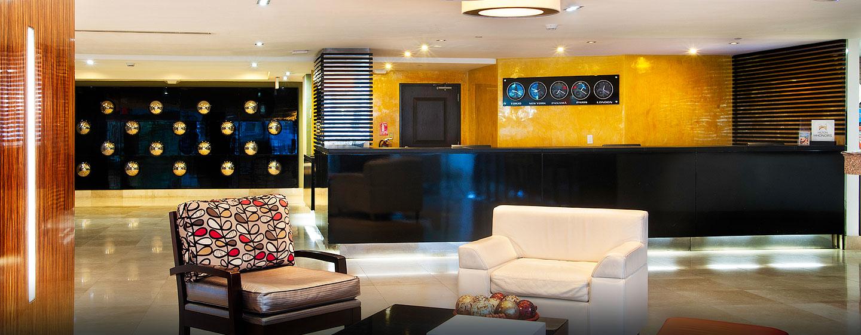 Hotel DoubleTree by Hilton Hotel Panama City - El Carmen, Panamá - Lobby