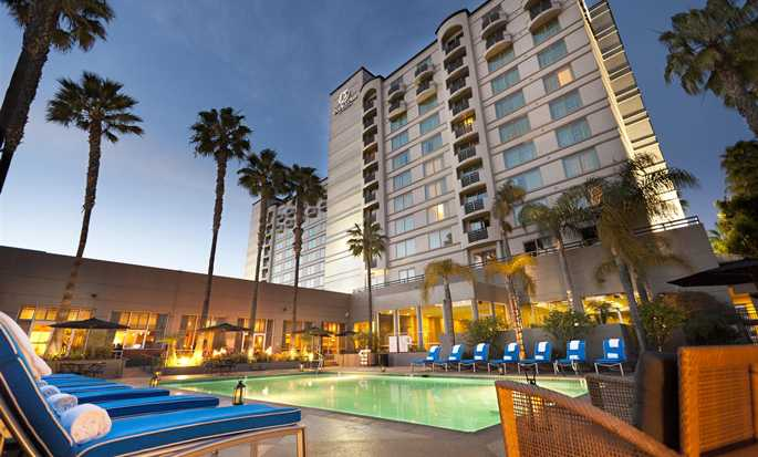 DoubleTree by Hilton Hotel San Diego - Mission Valley, California - Fachada del hotel