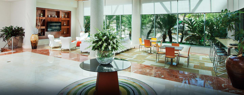 Hotel DoubleTree by Hilton San Juan, Puerto Rico - Lobby