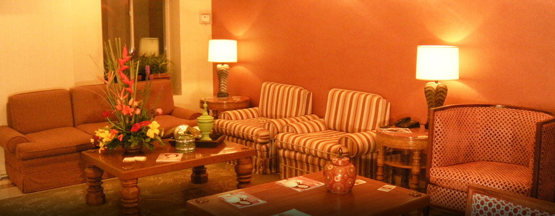 Hotel DoubleTree Suites by Hilton Saltillo, Coahuila, México - Lobby