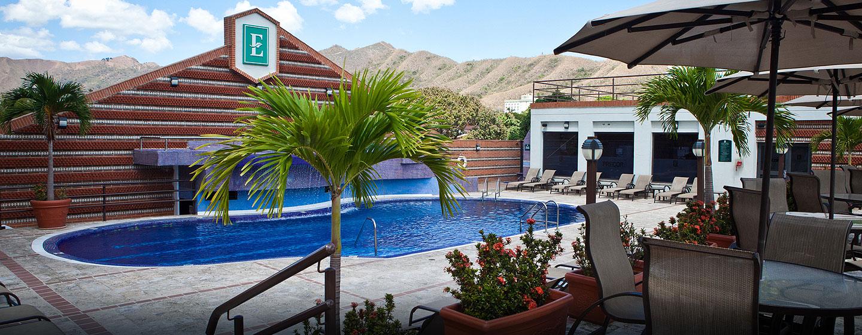 Hotel Embassy Suites by Hilton Valencia-Downtown, Venezuela - Piscina al aire libre