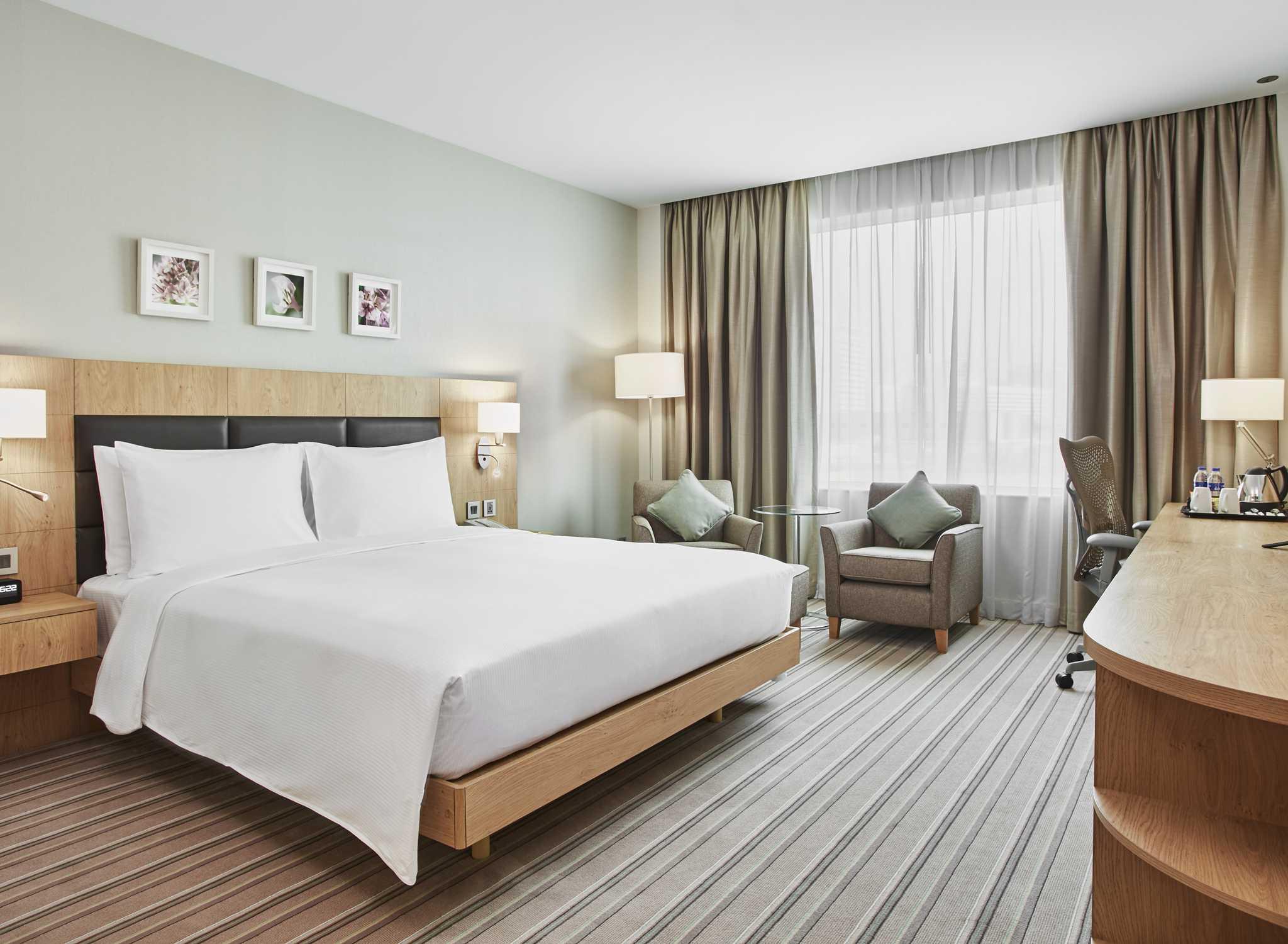 H 244 Tels 224 Duba 239 H 244 Tel Hilton Garden Inn Dubai Mall Of The