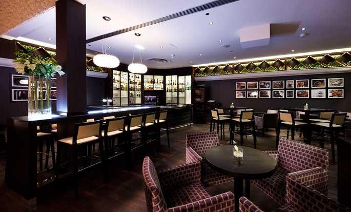 hilton worldwide hotels resorts france. Black Bedroom Furniture Sets. Home Design Ideas