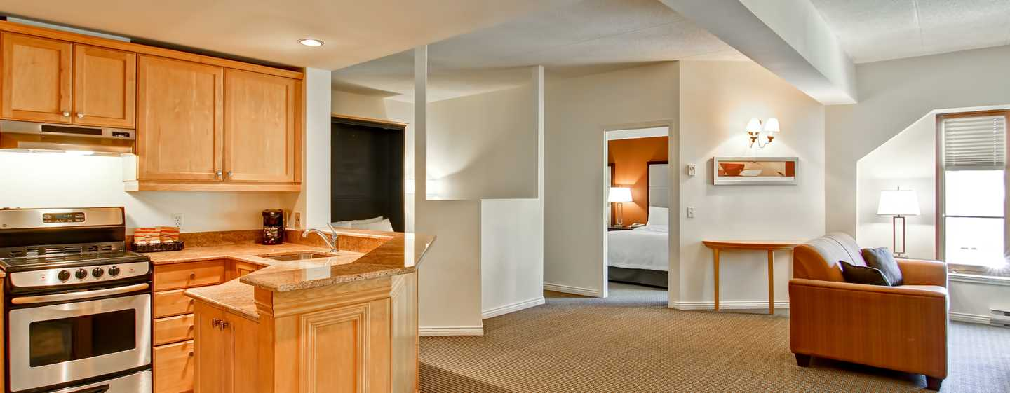 Hôtel Homewood Suites by Hilton Mont-Tremblant Resort - Chambre avec un lit escamotable