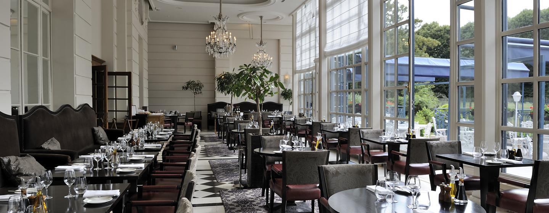 Hôtel Trianon Palace Versailles, Waldorf Astoria, France - Restaurant La Véranda