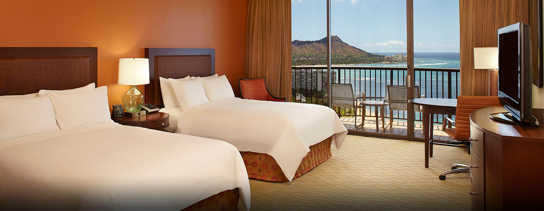 Hôtel Hilton Hawaiian Village Waikiki Beach Resort, États-Unis - Chambre Rainbow avec deux lits doubles face à l'océan