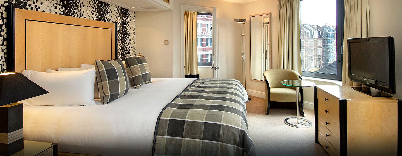 Hôtel Hilton London Metropole, Londres - Suite Octagon avec très grand lit