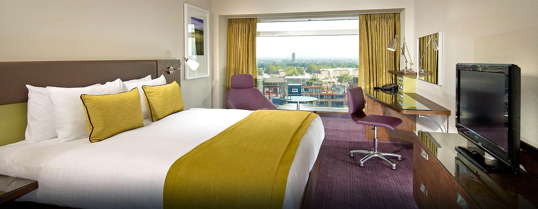 Hôtel Hilton London Metropole, Royaume-Uni - Chambre avec très grand lit