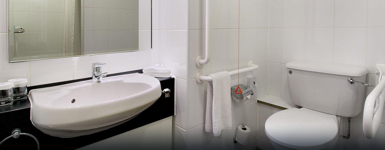 Hôtel Hilton London Metropole, Londres - Salle de bains pour personnes à mobilité réduite