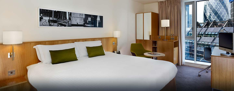 Hôtel DoubleTree by Hilton Tower of London, Londres - Chambre exécutive avec très grand lit
