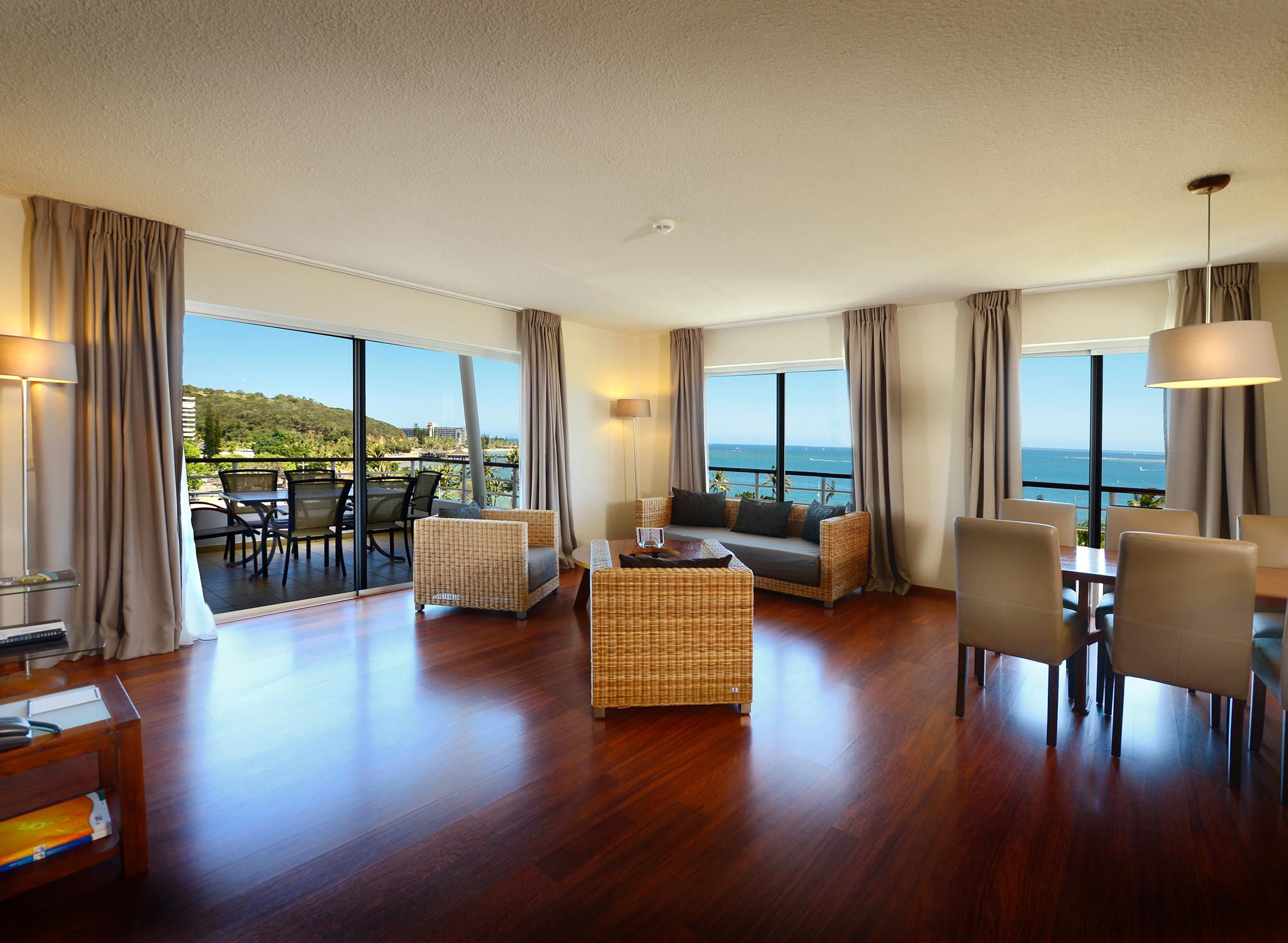 hilton worldwide hotels resorts nouvelle cal donie. Black Bedroom Furniture Sets. Home Design Ideas