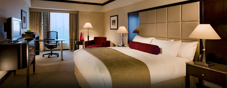 Hôtel Hilton Montreal Bonaventure, QC, Canada - Chambre avec très grand lit
