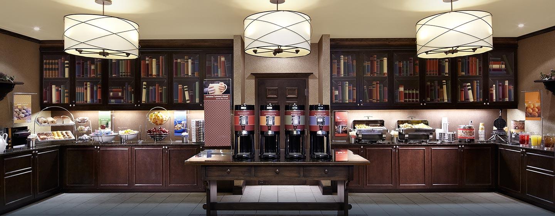 Hôtel Hampton Inn & Suites by Hilton Montreal-Dorval, QC, Canada - Espace petit déjeuner