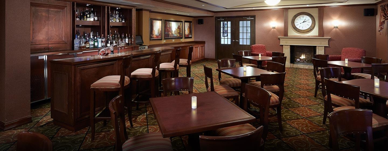 Hôtel Hampton Inn & Suites by Hilton Montreal-Dorval, QC, Canada - Bar Hampton