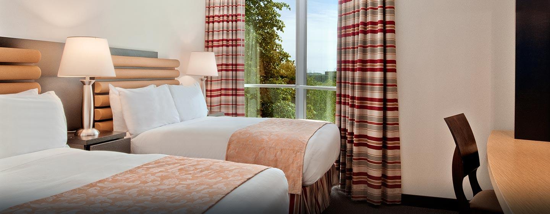 Hôtel Hilton Toronto Markham Suites Conference Centre & Spa, ON, Canada - Suite exécutive avec deux lits