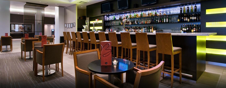 h tel a roport de toronto hilton toronto airport hotel suites. Black Bedroom Furniture Sets. Home Design Ideas