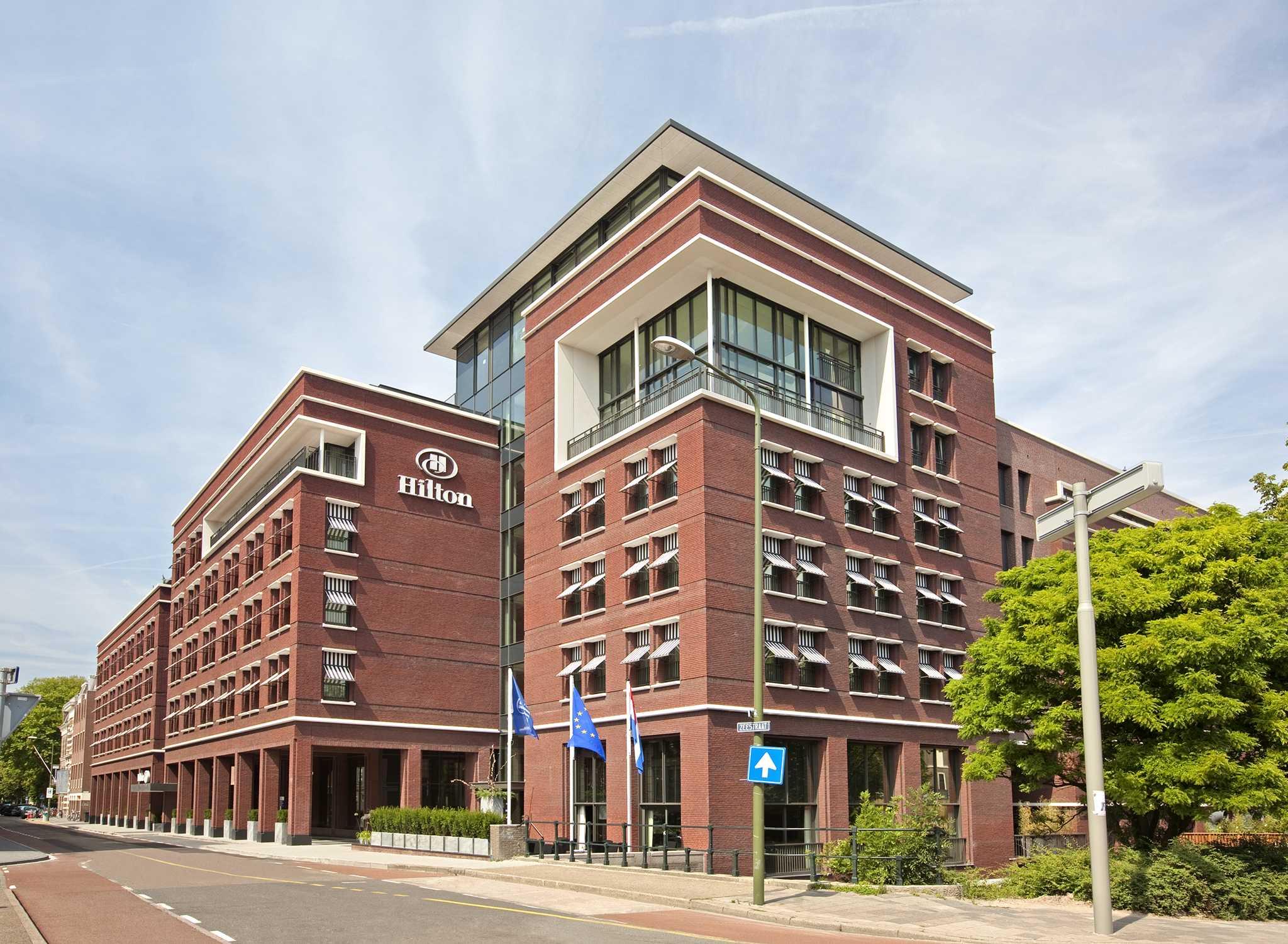 Hilton worldwide hotels resorts nederland for Hotels 02 arena