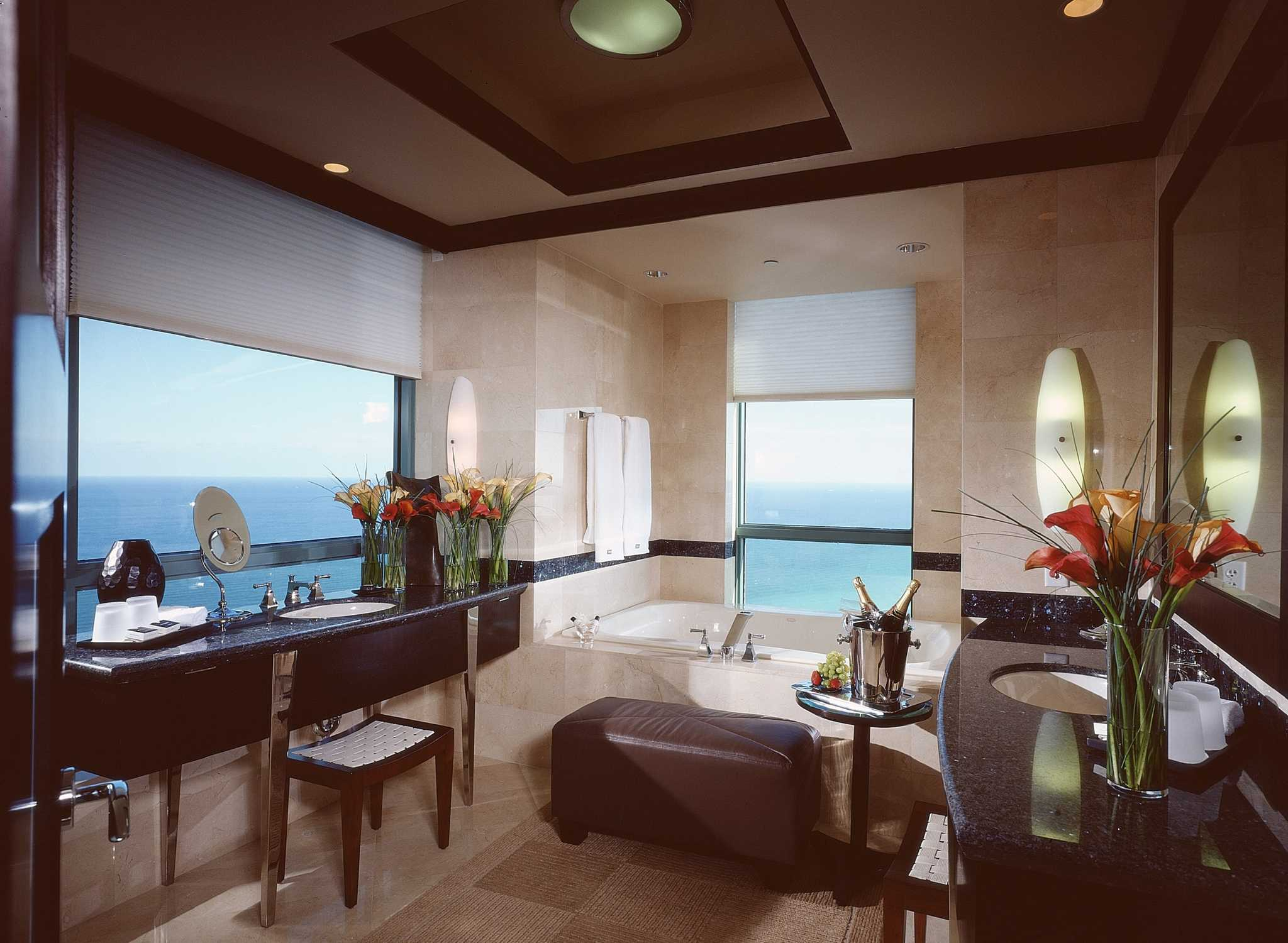 Diplomat resort amp spa hollywood curio collection by hilton king