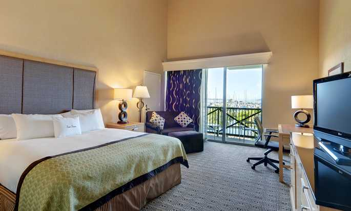 DoubleTree by Hilton Hotel Berkeley Marina - King Room