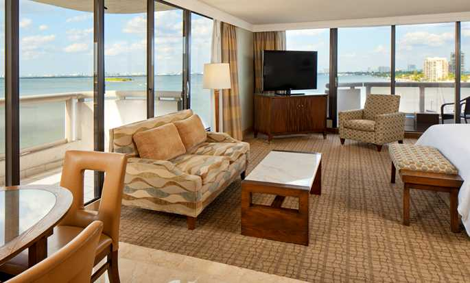 DoubleTree by Hilton Grand Hotel Biscayne Bay hotel, Miami - Suite with view
