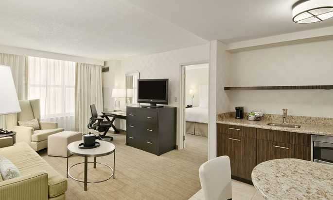 Hampton Inn & Suites Chicago-Downtown, USA - King suite