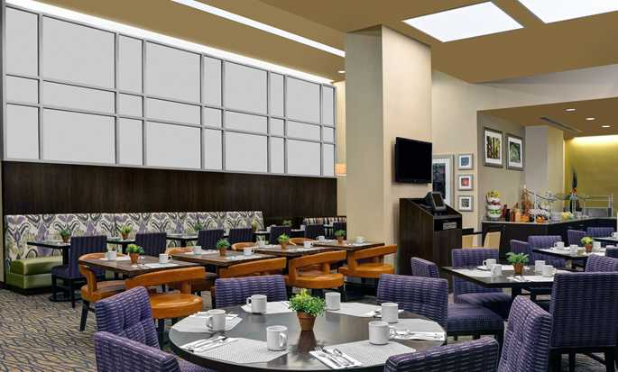 Hilton Garden Inn New York/West 35th Street, USA - Garden grille
