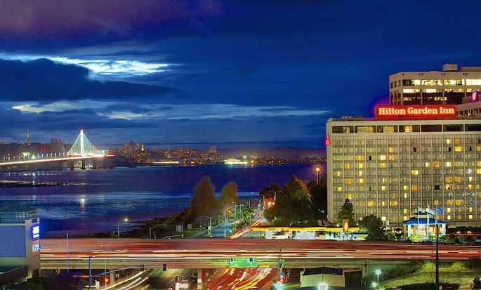 Hilton Garden Inn San Francisco/Oakland Bay Bridge Hotel - Exterior