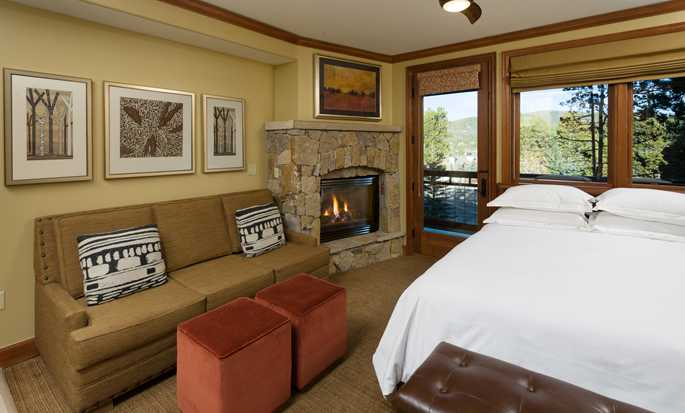 Valdoro Mountain Lodge by Hilton Grand Vacations Suites hotel - Studio with fireplace