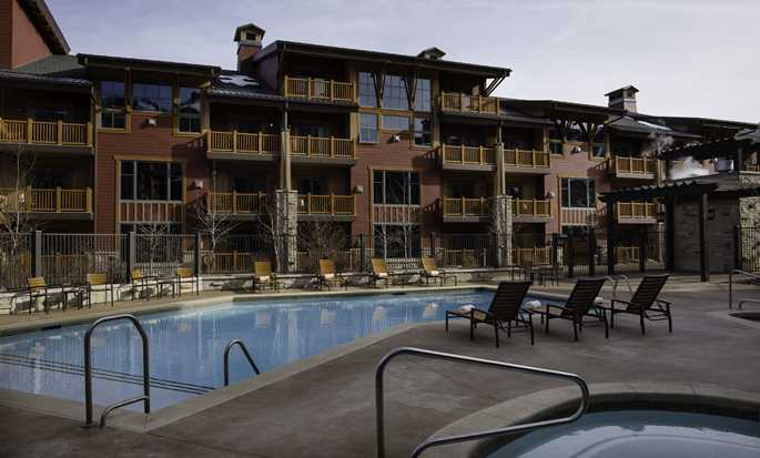 Sunrise Lodge, Hilton Grand Vacations, Utah, USA - Outdoor pool