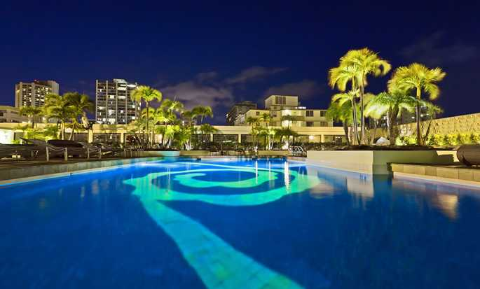 Hilton Waikiki Beach hotel, Hawaii, U.S. - Outdoor Pool