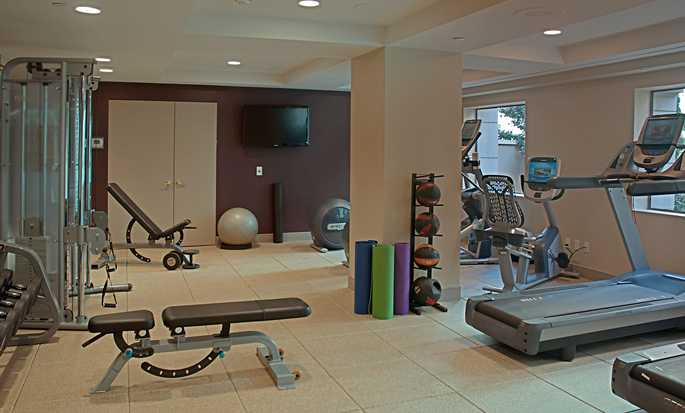 Hilton Checkers Los Angeles hotel - Fitness center