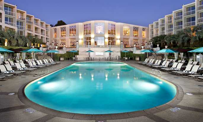 Hilton La Jolla Torrey Pines, California - Heated Pool