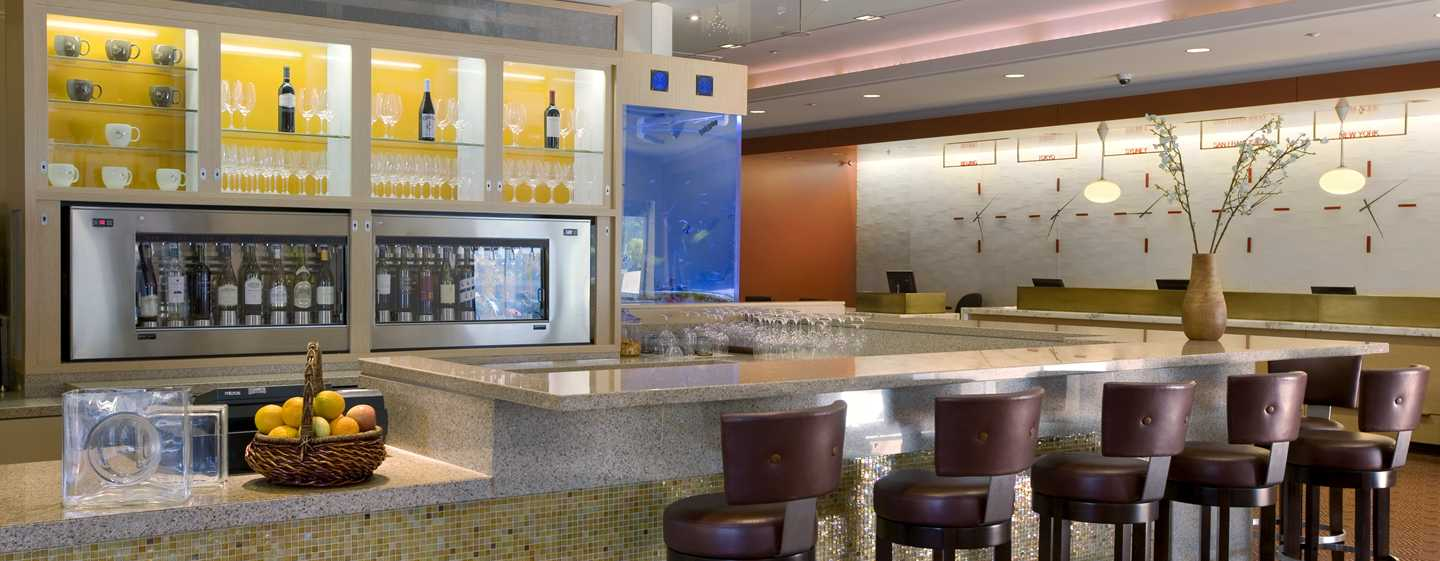 Hilton%20San%20Francisco%20Financial%20District%20-%20Flyte%20Wine%20and%20Beer%20Bar