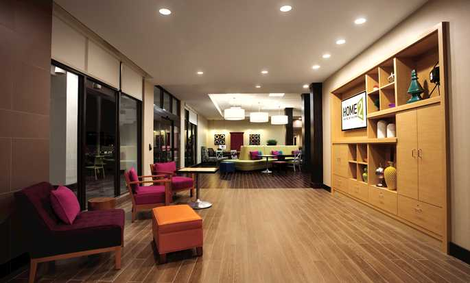 Home2 Suites by Hilton New York Long Island City/Manhattan View, New York - Lobby