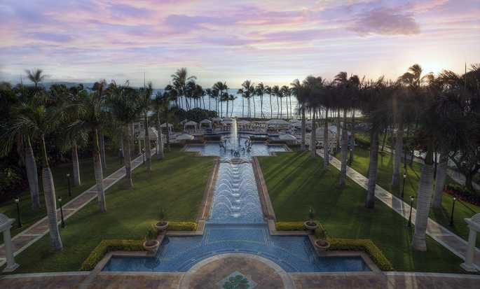 Grand Wailea, a Waldorf Astoria Resort, Hawaii - Pool complex