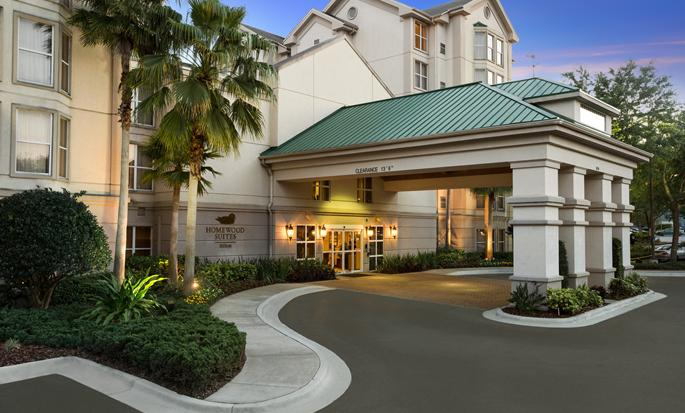 Homewood Suites by Hilton Orlando-International Drive/Convention Center, Orlando FL - Hotel Entrance