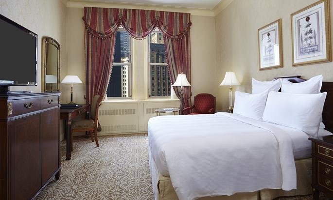 Waldorf Astoria New York - Deluxe Guestroom